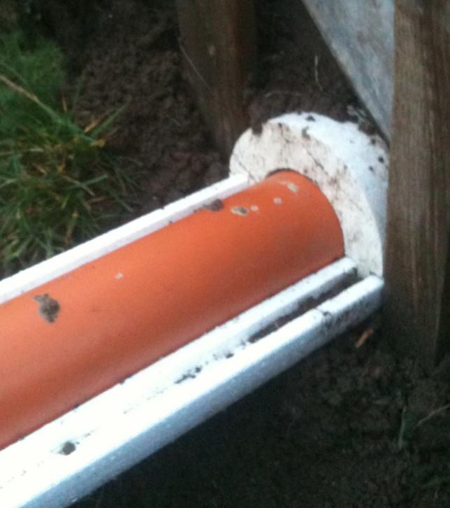 Утепление канализации скорлупами