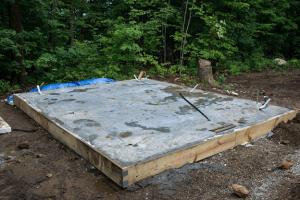 Плитный фундамент для бани