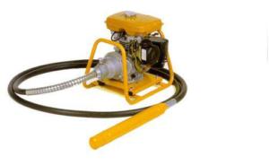 Глубинный вибратор для уплотнения смеси