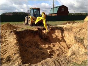 Выкапывание грунта под подвал